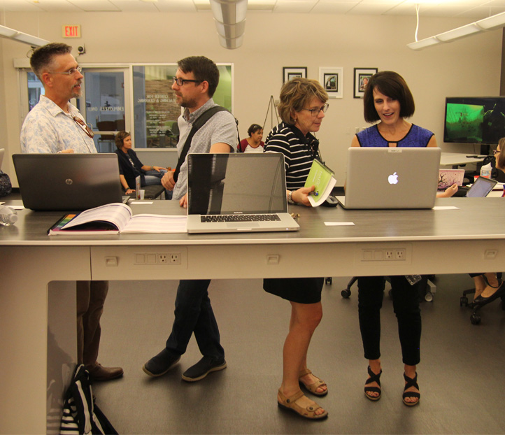Faculty discuss their projects